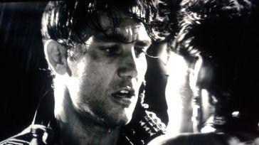 Clive Owen and Rosario Dawson Sin City